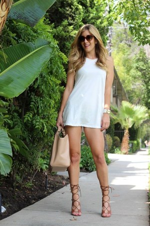 camel Shoedazzle heels - ivory Tobi dress