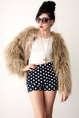 faux fur Zara jacket - polka dot AX Paris shorts