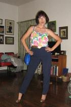 vintage purse - thrifted vintage shirt - vintage belt - Nine West heels