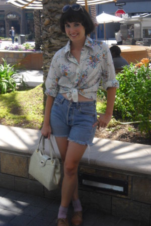 Nordstrom shoes - vintage purse - levis cut-offs Vintage Thrifted shorts - socks