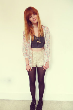 white floral Urban Outfitters blouse - cream lace Urban Outfitters shorts