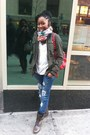 Dark-brown-steve-madden-boots-navy-zara-jeans-forest-green-f21-jacket-blue