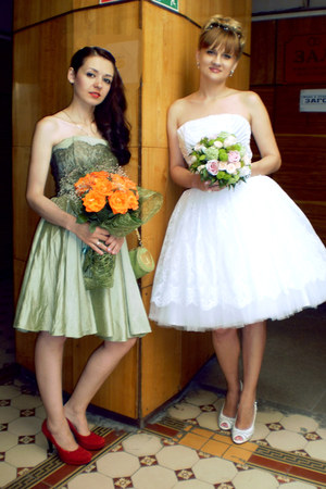 lime green lace Velvetrose dress