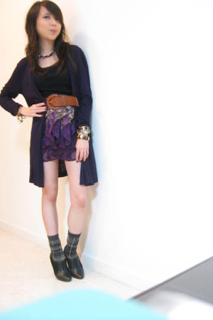 purple Topshop skirt - black padini authentics vest - black Charles & Keith boot