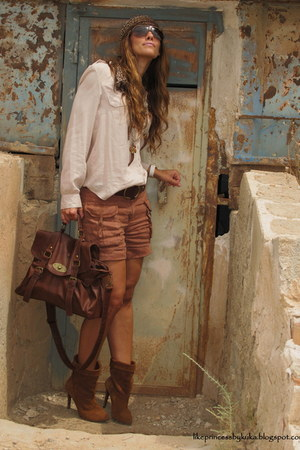dark brown Stradivarius boots - camel Primark shirt - dark brown BLANCOl bag - b