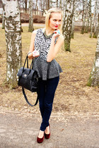 gray Bik Bok top - black New Yorker jeans - black Seppl bag