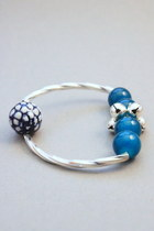 Sky-blue-crosswoodstore-bracelet