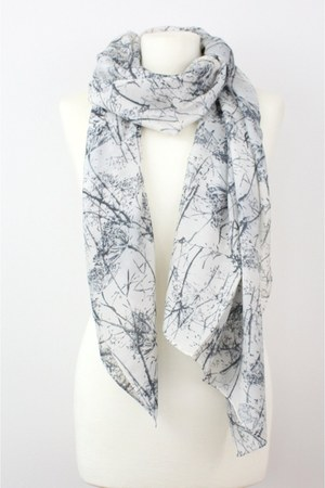 CrossWoodStore scarf
