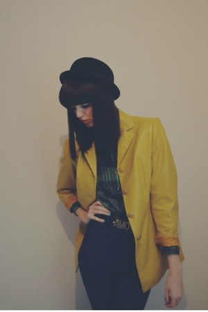 Lily &amp; Lace Vintage jacket - tailor made jeans - bowler hat Urban Outfitters hat
