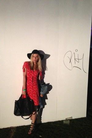 vintage River Island dress - H&M hat - denim Levis jacket