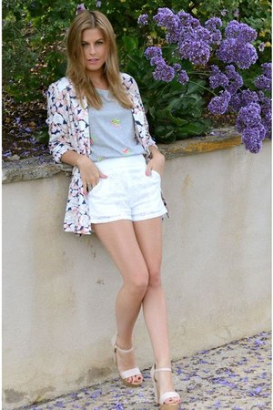 gray  neon etoile top - floral MinkPink blazer - lace lucca couture shorts