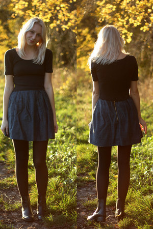 navy cotton LinnaeDesign skirt - black asos boots - black vintage shirt