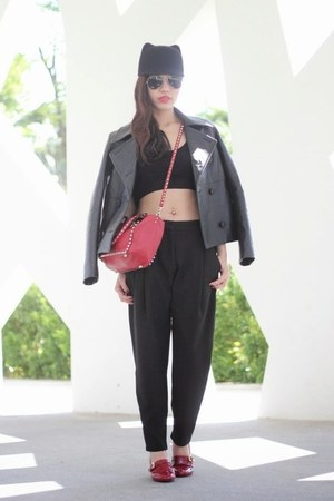 black leather Eudon Choi jacket - red Valentino bag - black baggy Zara pants