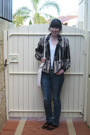 white supre top - blue Grab jeans - brown vintage blazer - green Forever New bel