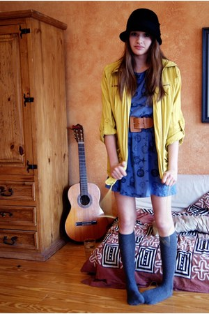 blue clock dress homemade dress - black thrifted hat - yellow anorak Forever21 j
