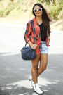 White-ankle-boots-red-nollie-shirt-navy-zara-bag-black-zara-top