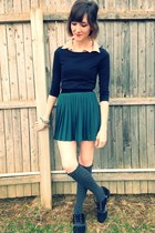 dark green H&M skirt - black Forever 21 shoes - light pink H&M shirt