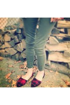red modcloth shoes - olive green olive skinnys Gap pants
