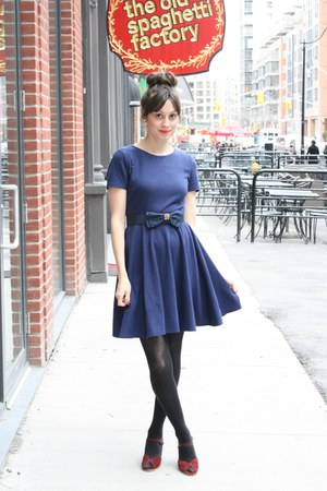 H&amp;M dress - bow vintage belt - vintag wedges