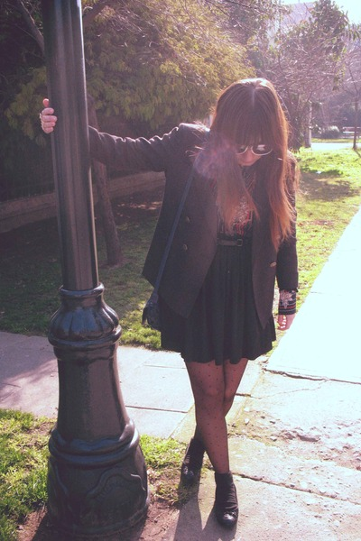 black Vintage and DIY blazer - blue vintage blouse - black American Apparel skir