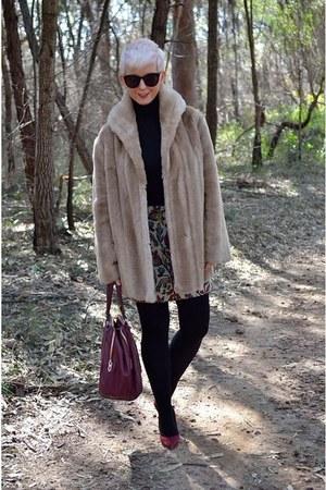 camel faux fur vintage coat