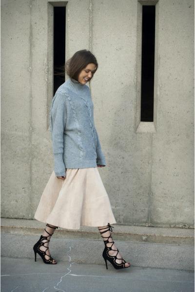 gray Gap sweater - light pink H&M skirt - black Windsor Smith heels