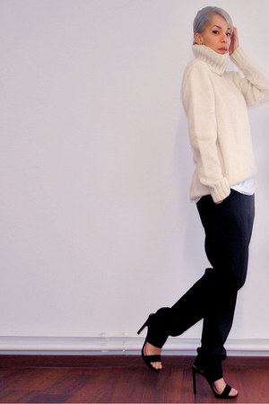 black classsic Mango pants - ivory wool vintage sweater