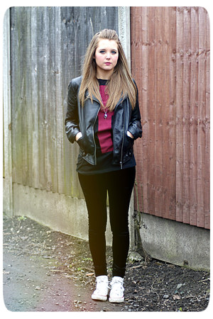 leather Zara jacket - velvet new look leggings - cross Topshop t-shirt