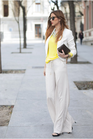 white Zara necklace - yellow Mango sweater - off white Mango blazer