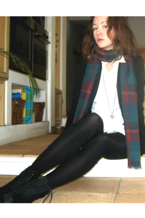 scarf - H&M dress - Jil Sander shoes