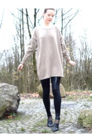 tights -