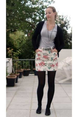 H&M shirt - H&M skirt
