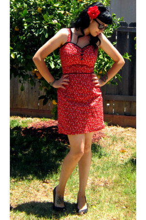ruby red Louise Amabilis dress