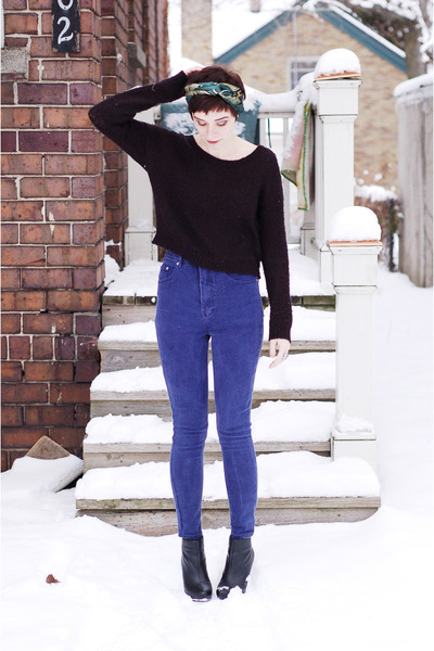 blue reconstructed vintage jeans - black H&amp;M sweater - black wedges