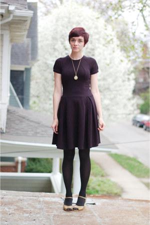 black thrifted dress - camel vintage heels