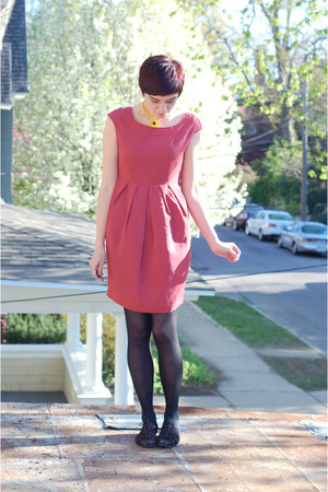 coral H&M dress - black BC sandals - yellow vintage necklace
