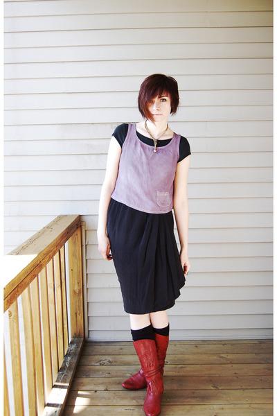 red Shi boots - charcoal gray silk vintage skirt - light purple vintage vest