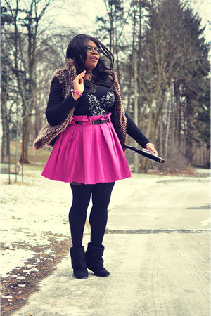 magenta asos skirt - black Aldo wedges - silver Vedette Shapewear intimate