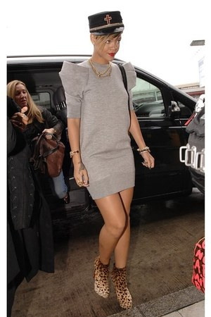 light brown boots - beige puffed shoulder dress