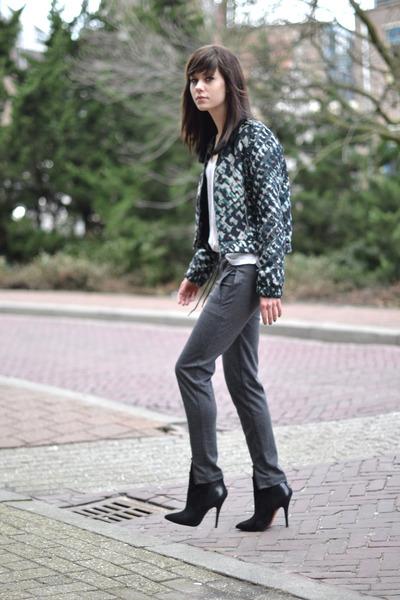 printed  bomber Ready to Fish jacket - Zara shirt - Nowhere pants - Zara heels
