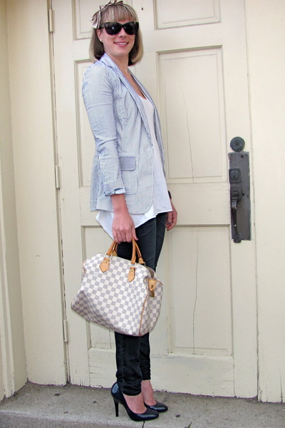 blue banana republic blazer - white Forever 21 blouse - blue Gap jeans - beige L