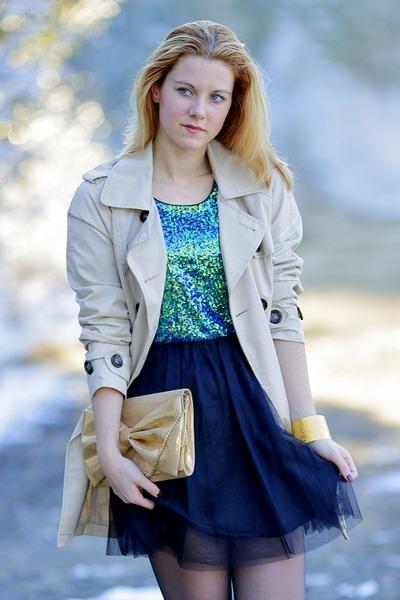 Terranova coat - humanic shoes - H&M dress - H&M purse - bracelet