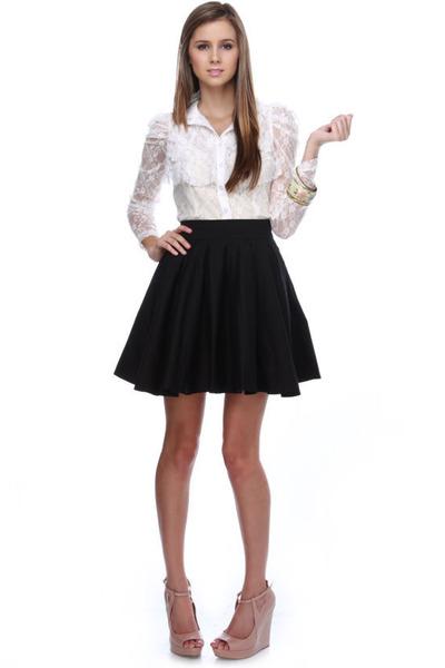 ivory lace LuLus blouse - black patent leather LuLus wedges - neutral LuLus heel