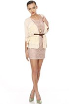 pink gold cameo LuLus necklace - light pink lace LuLus dress