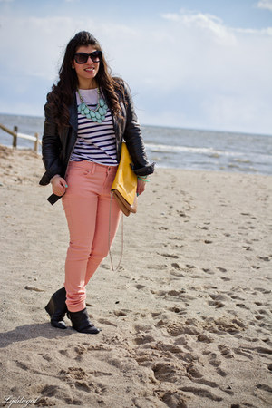 coral TJMaxx jeans - black Madden Girl boots - black leather Express jacket