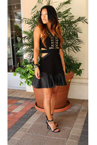black Three Floor dress - black strappy Steve Madden heels