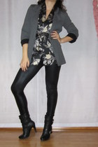 gray vintage marina rinaldi blouse - black shoes - black leggings