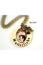 MadamLili necklace