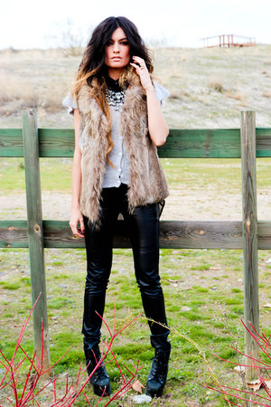 fur Sfera vest - Mango necklace - leather Bershka pants