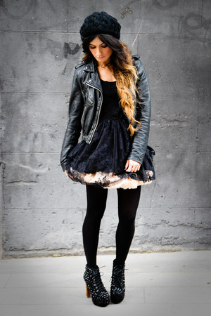 American Apparel skirt - Jeffrey Campbell shoes - Primark dress